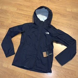 NWT The North Face Venture Jacket, Navy, S